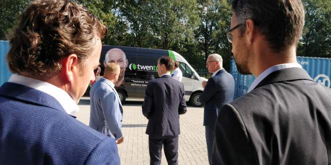Twentrex bezocht door gedeputeerde Eddy van Hijum en wethouder Richard Kortenhoeven