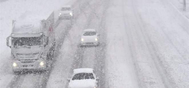 Drukte op Belgische en Franse wegen door sneeuwval